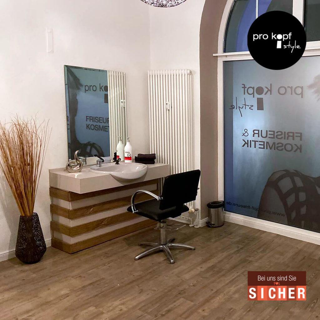 Friseursalon pro kopf style Sterndamm 7: Neuer Waschplatz mit ausreichend Sicherheitsabstand