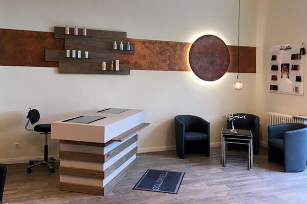 FRISEUR & KOSMETIK pro kopf style. Salon: Sterndamm 7, 12487 Berlin. Innenansicht. Monique Jahn