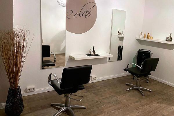 Friseursalon pro kopf style Sterndamm 7: Neue Bedienplätze mit Sicherheitsabstand